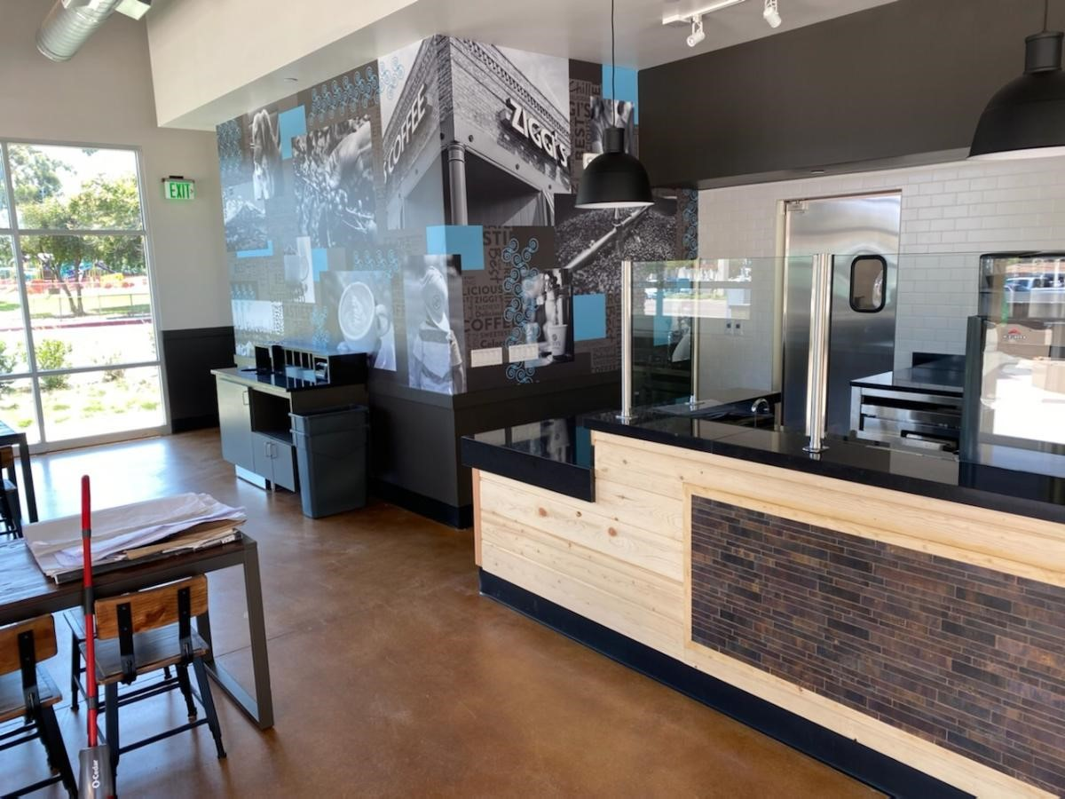 Front of house Condiment Area and Mural