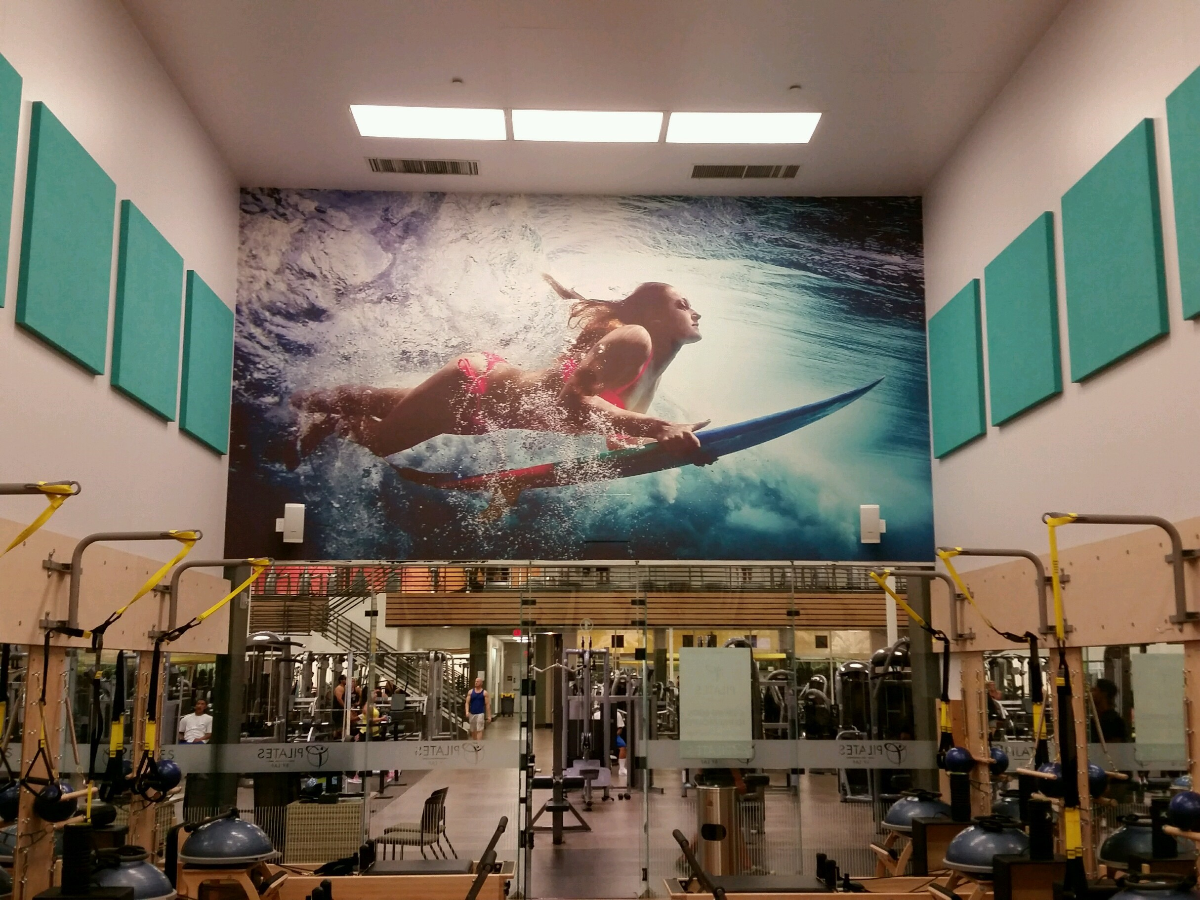 Lake Forest mural completed